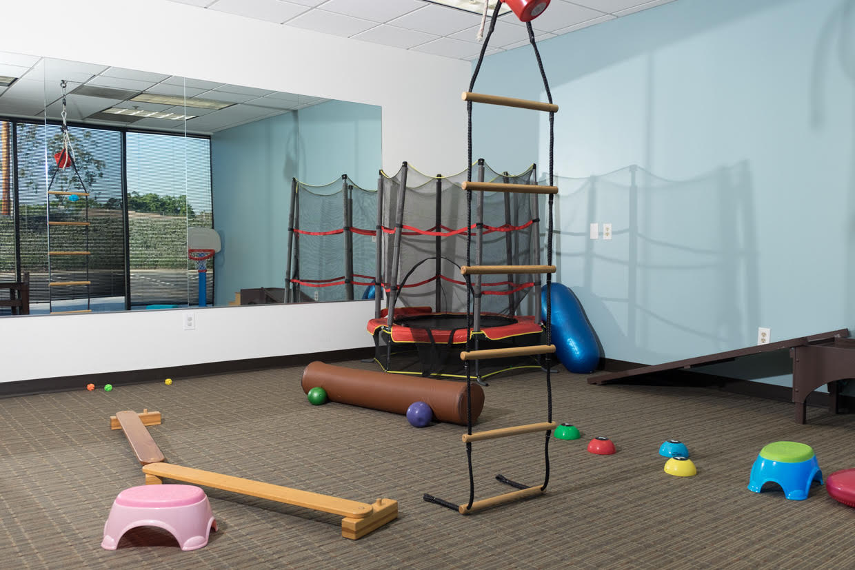 Clinic pediatric physical therapy - Big Gym Room