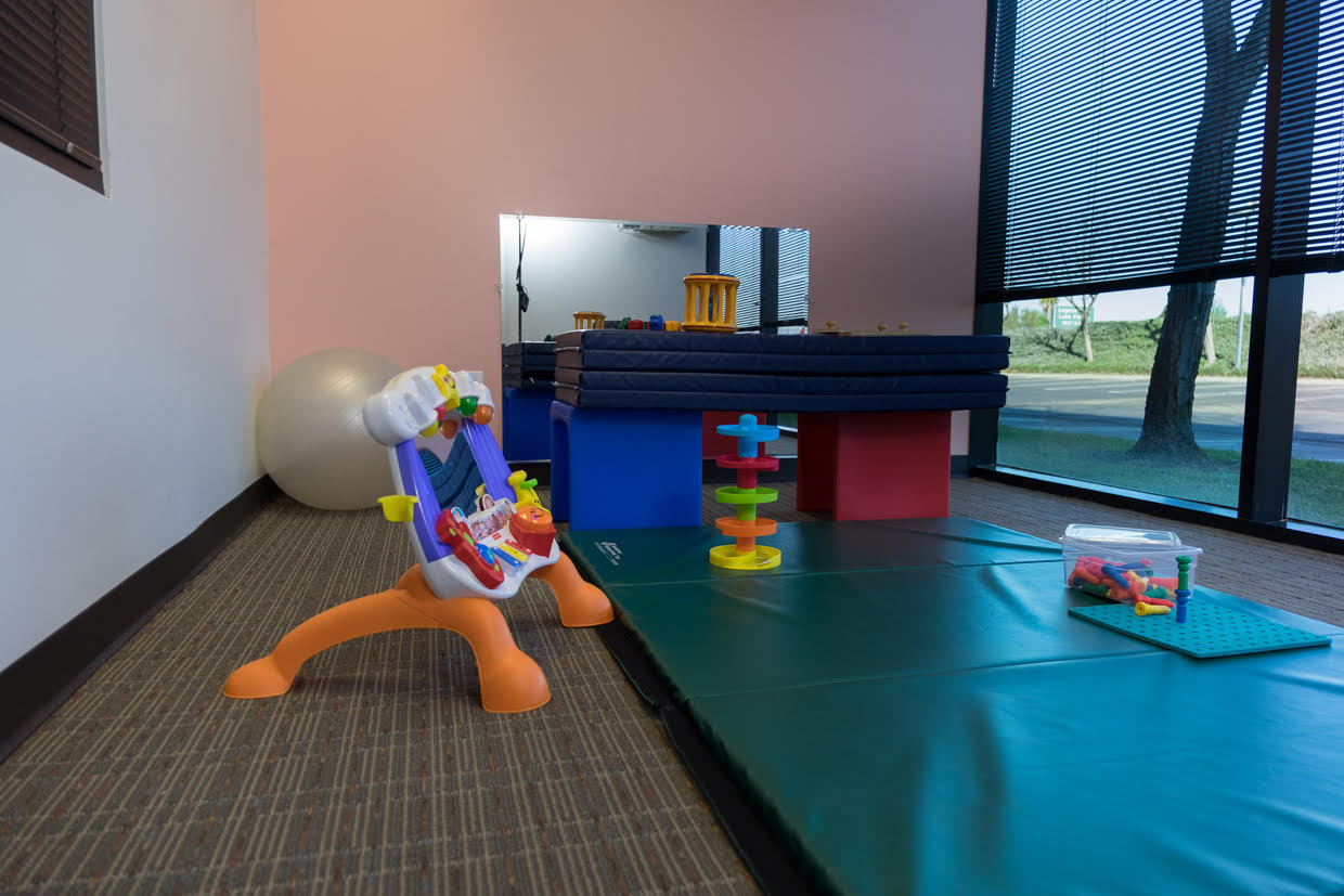 Clinic pediatric physical therapy - Infantroom