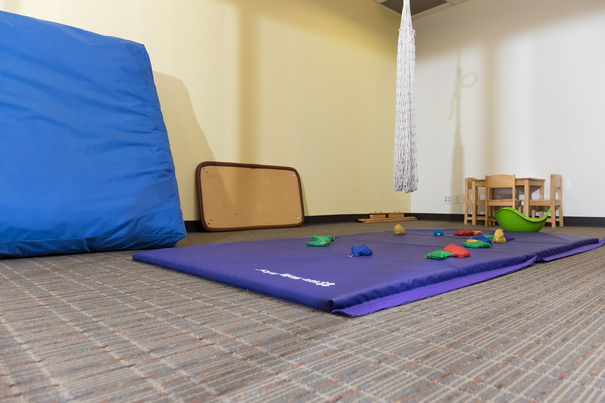 Clinic pediatric physical therapy - Smallgym Room