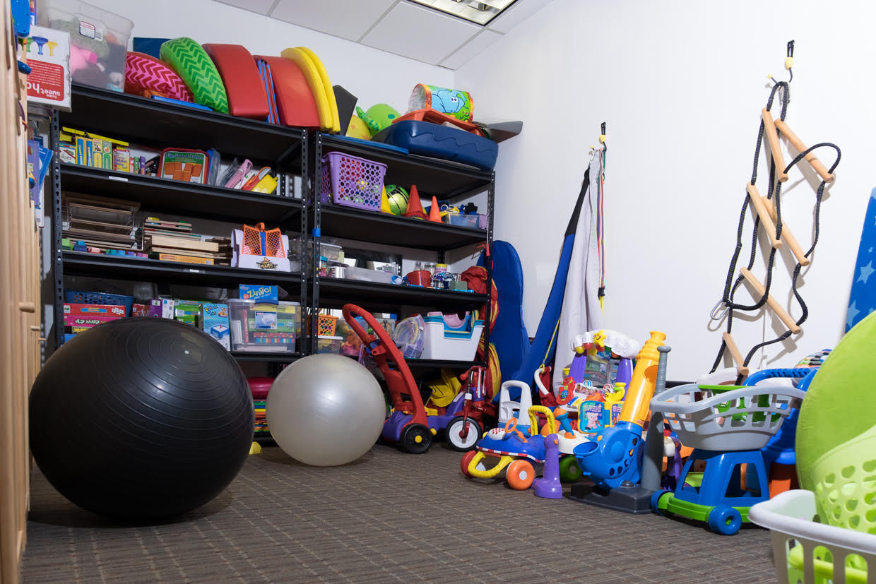 Clinic pediatric physical therapy - Toycloset Room